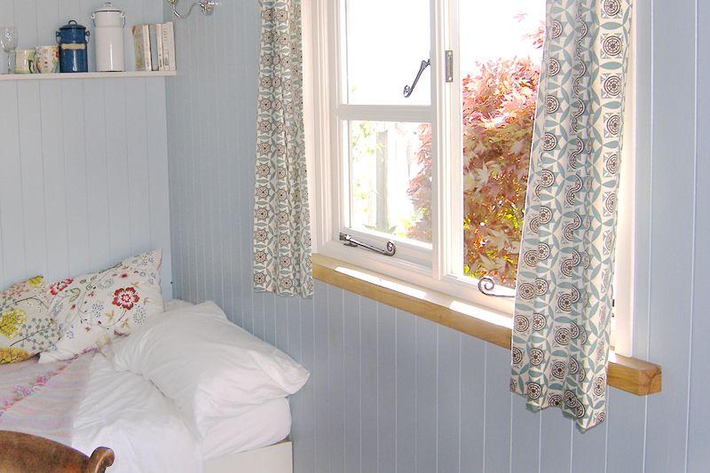 Frisos para paredes frisos para techos - Revestir pared con madera ...