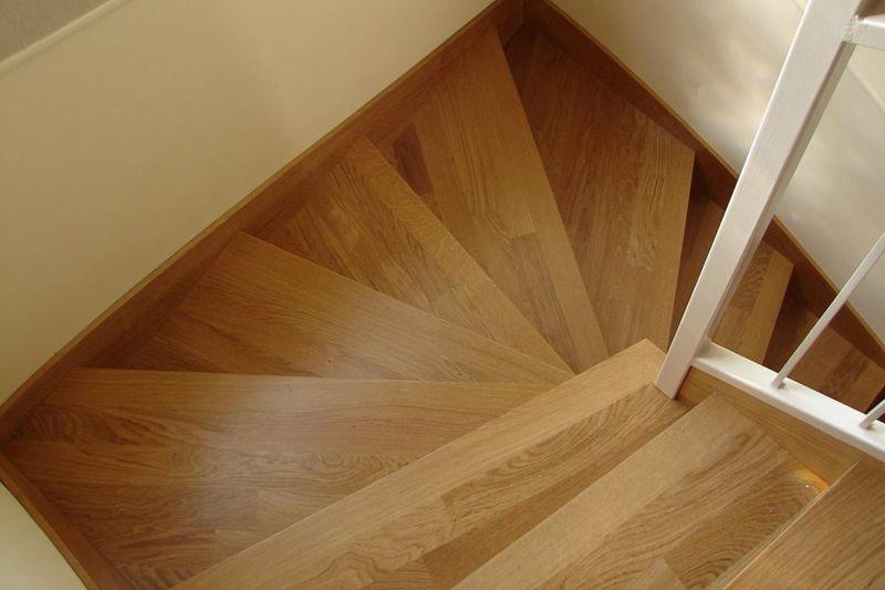 Revestimiento escalera villarrubia de santiago barniz antideslizante - Revestimiento para escaleras ...