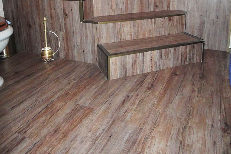 Suelo imitacion madera exterior suelo baldosas imita - Suelo exterior madera ...